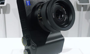 PJ_Zeiss_ZX1_cover