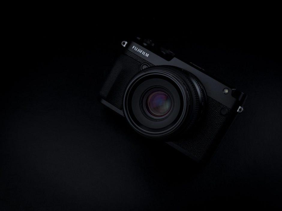 PJ_FujifilmGFX50R_black