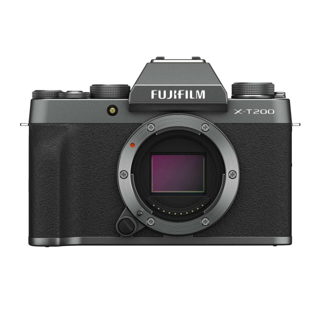Fujifilm X-T200: leggera, compatta e con display 16:9
